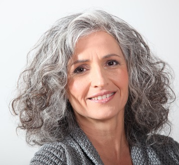 What Causes Gray Hair - Strategies To Prevent It | Best Anti